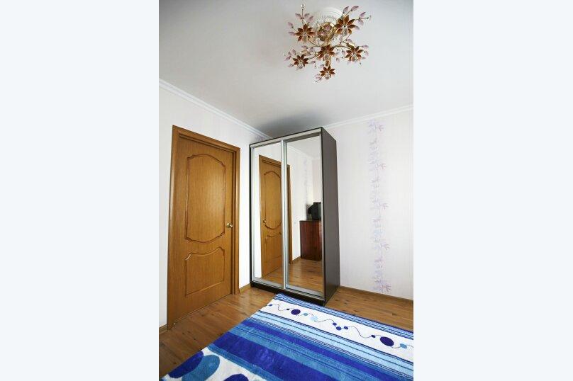 2-комн. квартира на 6 человек, улица Чкалова, 92, Феодосия - Фотография 7