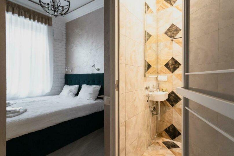 Двухместный номер с 1 кроватью, Лахтинская улица, 23Б, Санкт-Петербург - Фотография 1
