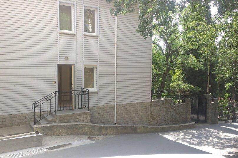 Дом на 12 человек, Набережная улица, 24А, Алушта - Фотография 3