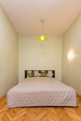 1-комн. квартира, 39 кв.м. на 4 человека, улица Типанова, 16, Санкт-Петербург - Фотография 1