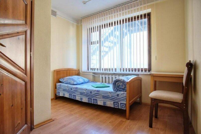 Улучшенный семейный номер с 2 спальнями, село Никитино, улица Вериют, 3, Мостовской - Фотография 2