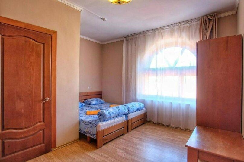 Улучшенный семейный номер с гостиной, село Никитино, улица Вериют, 3, Мостовской - Фотография 2