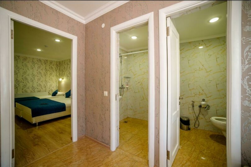 Апартаменты 2х-комнатные с кухней 4х-местные, улица Гоголя, 17, Геленджик - Фотография 3