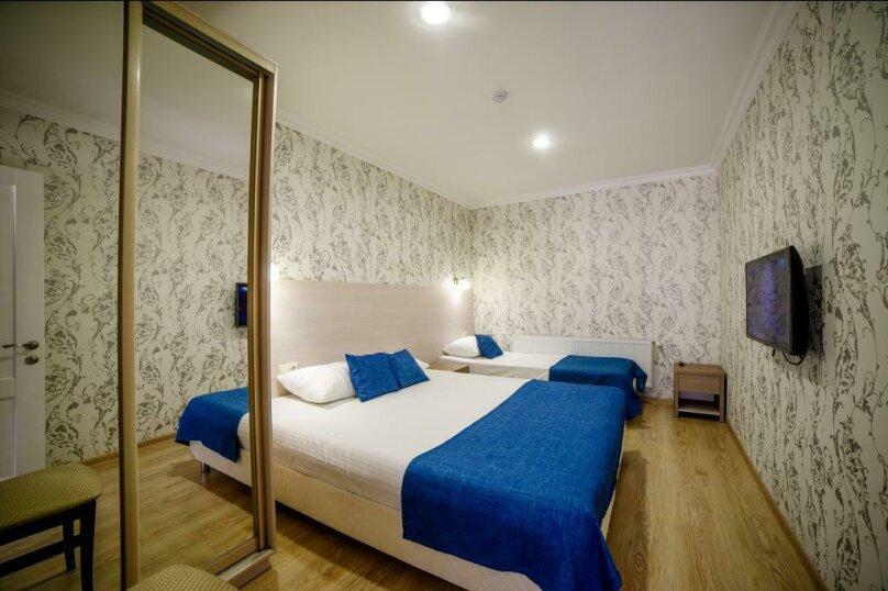 Апартаменты 2х-комнатные с кухней 4х-местные, улица Гоголя, 17, Геленджик - Фотография 6