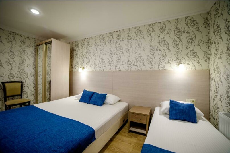 Апартаменты 2х-комнатные с кухней 4х-местные, улица Гоголя, 17, Геленджик - Фотография 8