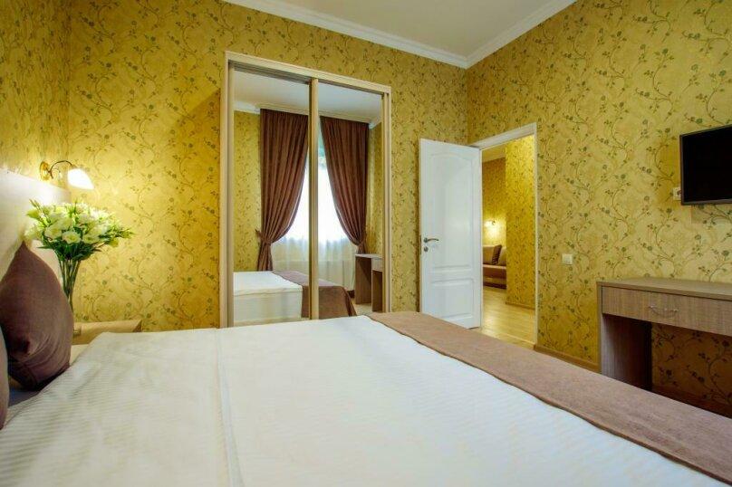 Люкс 2х- комнатный 4х-местный, улица Гоголя, 17, Геленджик - Фотография 14