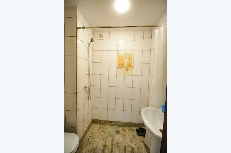 Бюджетный двухместный номер с 1 кроватью (без окна), улица Островского, 47, Сочи - Фотография 4