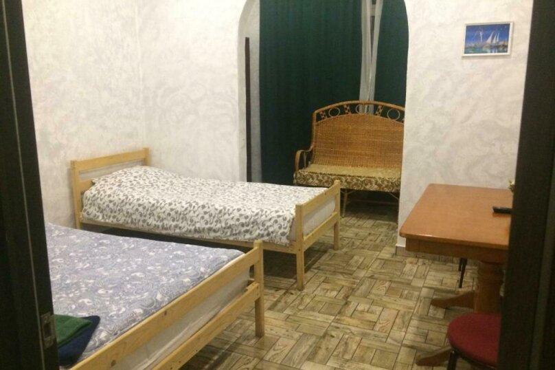Cемейный номер с собственной ванной комнатой, улица Островского, 47, Сочи - Фотография 2