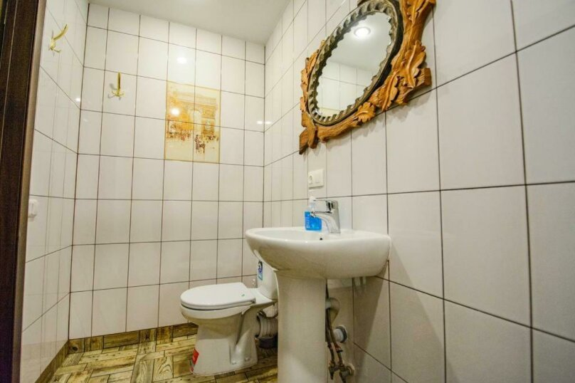 Cемейный номер с собственной ванной комнатой, улица Островского, 47, Сочи - Фотография 6
