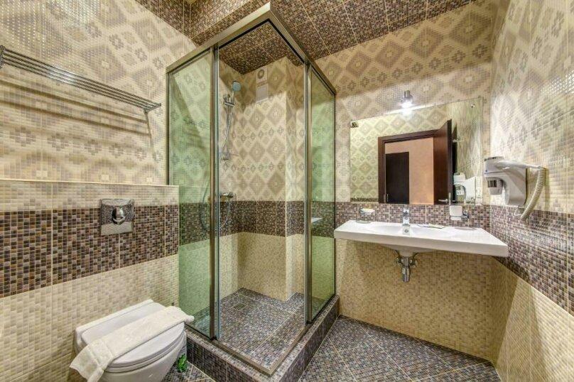 Люкс 2х-комнатный с балконом 2х-местный, улица Островского, 35, Геленджик - Фотография 3