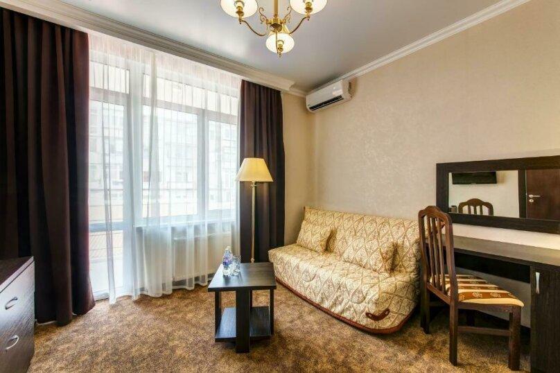 Люкс 2х-комнатный с балконом 2х-местный, улица Островского, 35, Геленджик - Фотография 4