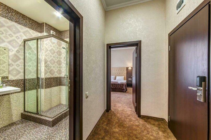 Люкс 2х-комнатный без балкона 2х-местный, улица Островского, 35, Геленджик - Фотография 3