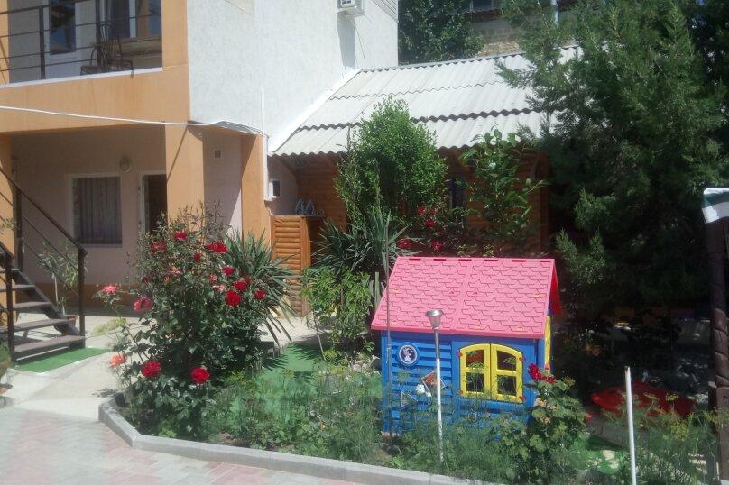 """Гостевой дом """"СВЕТЛАНА"""", Сурожская улица, 104 на 8 комнат - Фотография 45"""