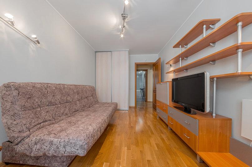 2-комн. квартира, 65 кв.м. на 5 человек, улица Воровского, 36Б, Челябинск - Фотография 15