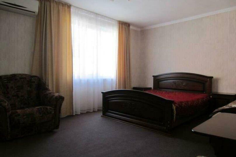 Комфорт 4х местный номер, Молодёжная улица, 34, Вардане - Фотография 1