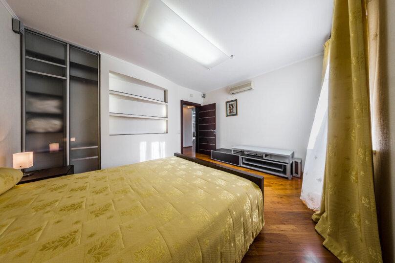 3-комн. квартира, 70 кв.м. на 6 человек, улица Братьев Кашириных, 34, Челябинск - Фотография 14