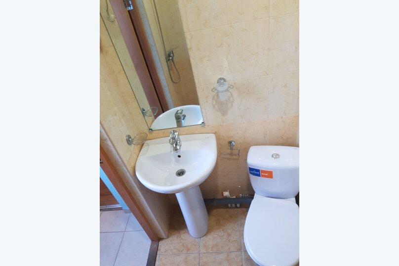 Трехместный с душем и туалетом, улица Шевченко, 14, Геленджик - Фотография 3