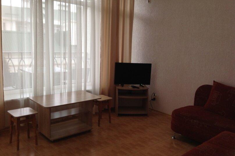 2-х комнатный, улица Ленина, 146, Коктебель - Фотография 4