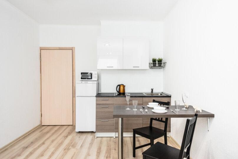1-комн. квартира, 35 кв.м. на 4 человека, улица Степана Разина, 2, Екатеринбург - Фотография 35