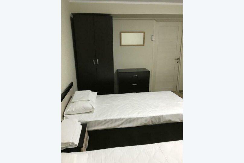 Двухместный номер эконом-класса с 2 отдельными кроватями #02, Волжская улица, 81Б, микрорайон Мамайка, Сочи - Фотография 1