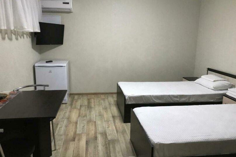 Двухместный номер эконом-класса с 2 отдельными кроватями #02, Волжская улица, 81Б, микрорайон Мамайка, Сочи - Фотография 2