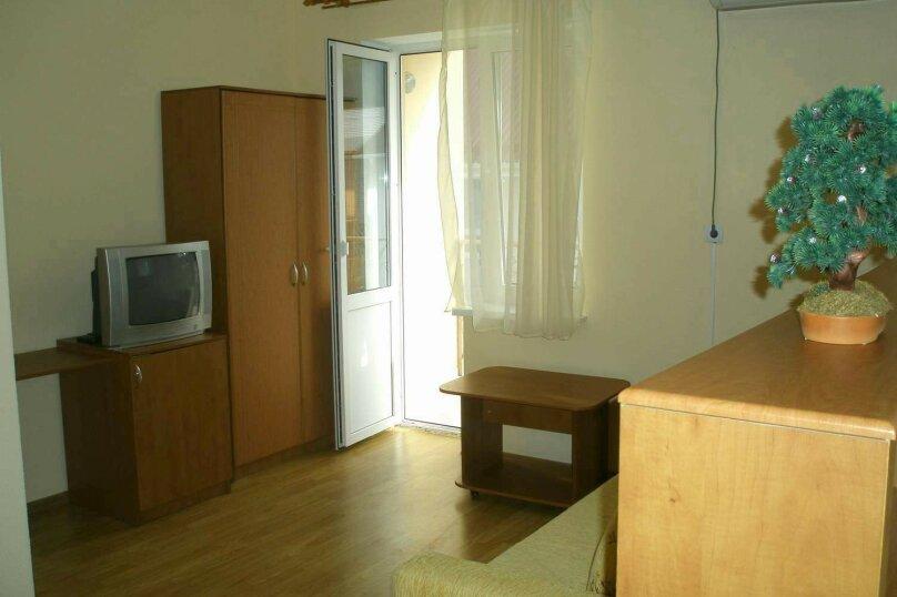 Трехместный номер, улица Тормахова, 19, Лазаревское - Фотография 2