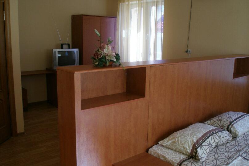 Трехместный номер, улица Тормахова, 19, Лазаревское - Фотография 7