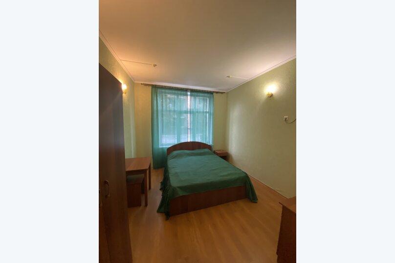 Однокомнатный номер с двухспальной кроватью, Ленина, 100б, Коктебель - Фотография 4