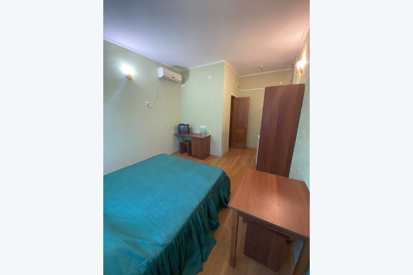 Однокомнатный номер с двухспальной кроватью, Ленина, 100б, Коктебель - Фотография 5