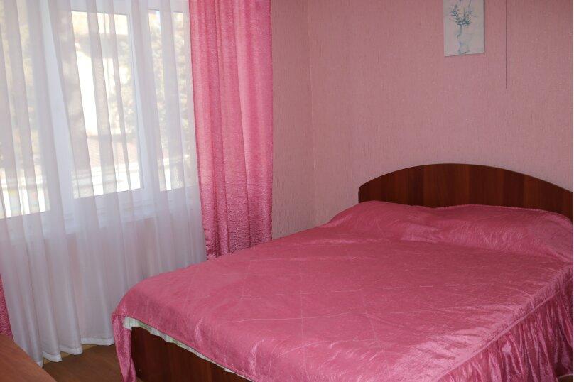 Однокомнатный номер с двухспальной кроватью, Ленина, 100б, Коктебель - Фотография 1