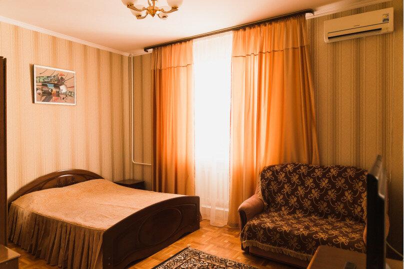 """Гостевой дом """"Клевер"""", Медовая улица, 24 на 28 комнат - Фотография 15"""