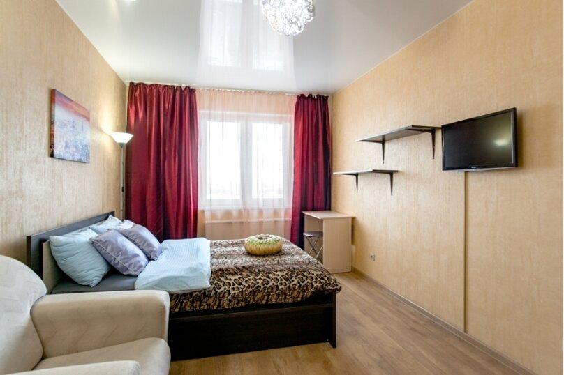 2-комн. квартира, 70 кв.м. на 8 человек, улица Курчатова, 5В, Челябинск - Фотография 1