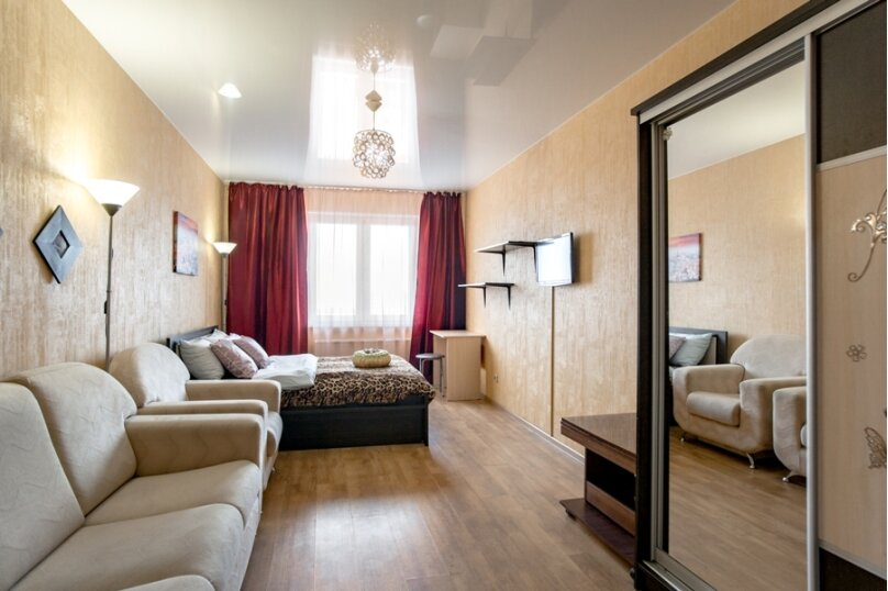 2-комн. квартира, 70 кв.м. на 8 человек, улица Курчатова, 5В, Челябинск - Фотография 5