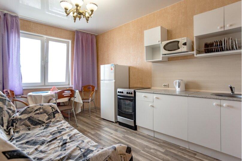 2-комн. квартира, 70 кв.м. на 8 человек, улица Курчатова, 5В, Челябинск - Фотография 14
