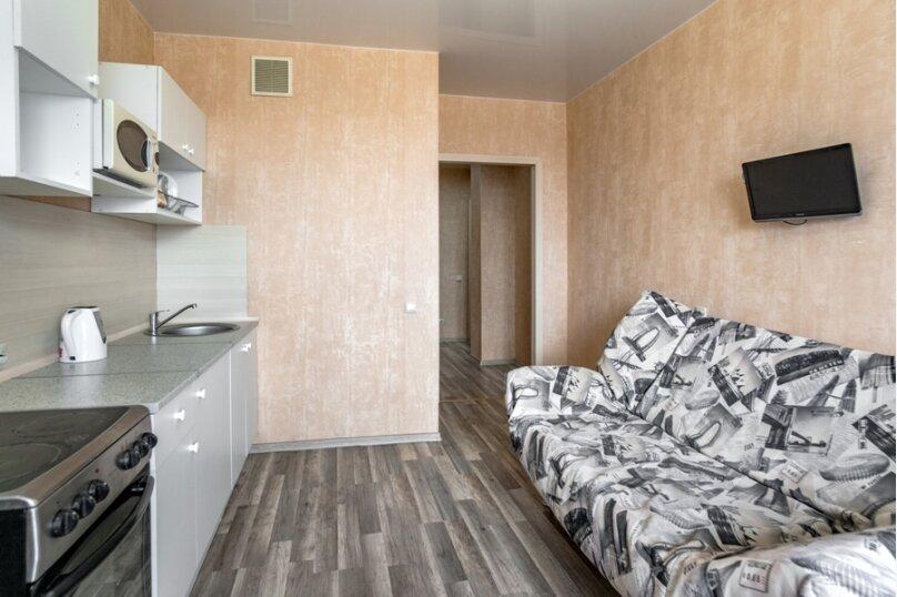 2-комн. квартира, 70 кв.м. на 8 человек, улица Курчатова, 5В, Челябинск - Фотография 16