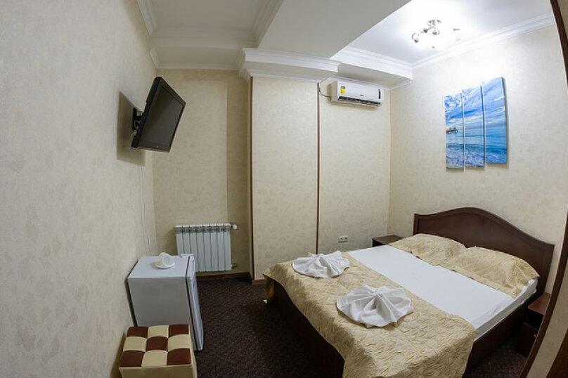 Бюджетный (без окна), улица Будённого, 7, Симферополь - Фотография 1