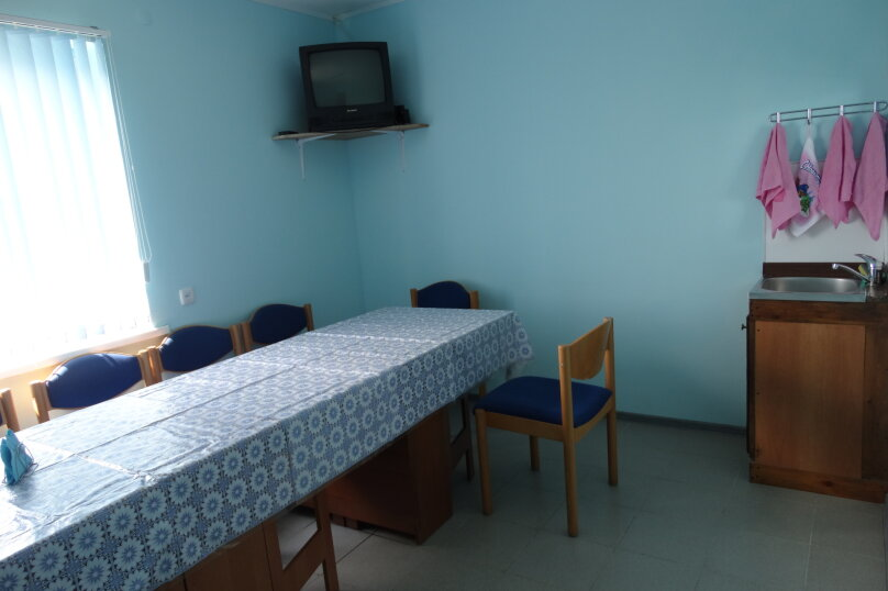 Дом, 100 кв.м. на 15 человек, 4 спальни, Приморская улица, 22Б, Благовещенская - Фотография 4