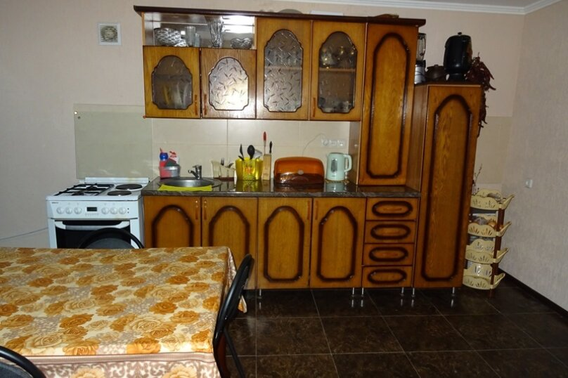 """Частный сектор """"Леон"""", улица Адлейба, 267 на 6 комнат - Фотография 4"""