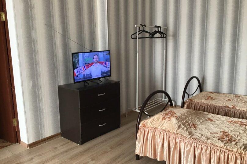 3-х местный номер, 4-йэтаж, А, Изумрудная улица, 6, Лазаревское - Фотография 1
