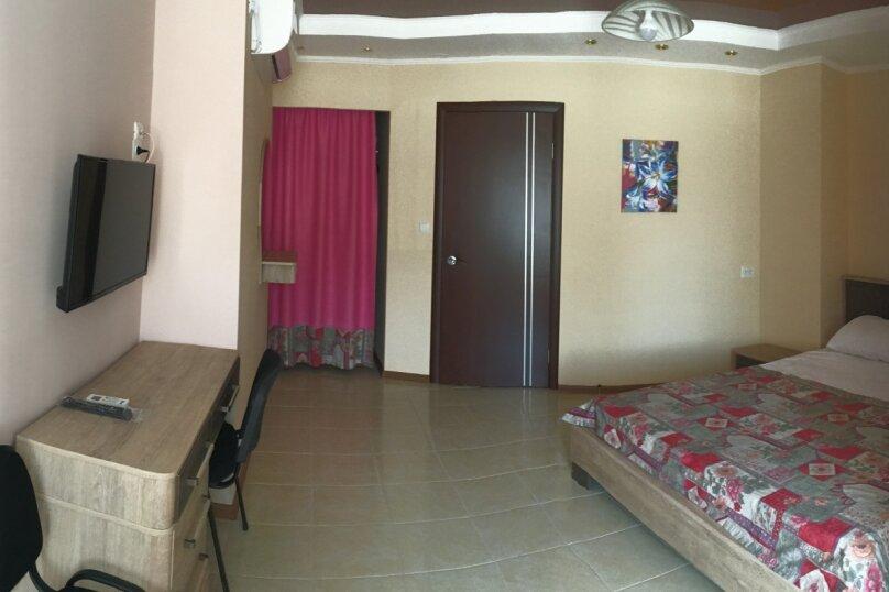 Двухместный номер  №6, Кипарисная улица, 10П, Черноморское - Фотография 2