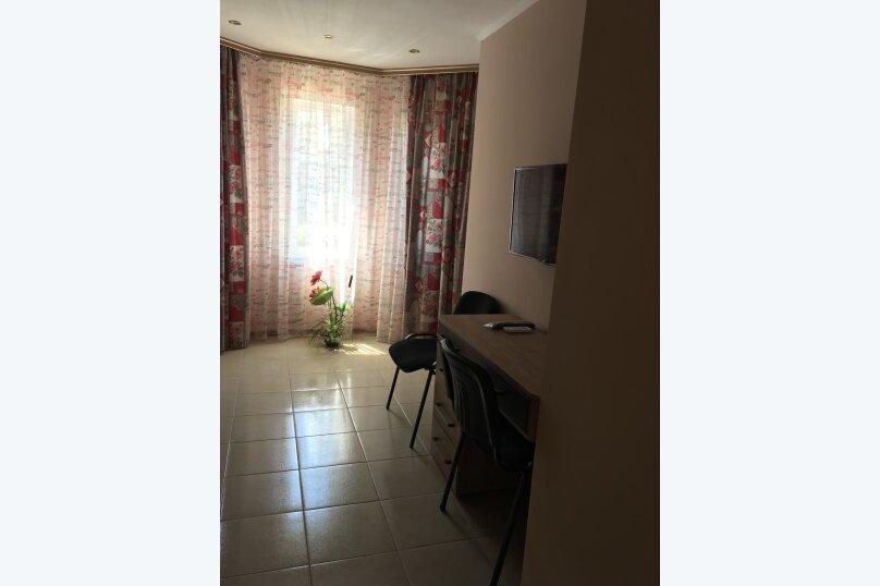 Двухместный номер  №6, Кипарисная улица, 10П, Черноморское - Фотография 3