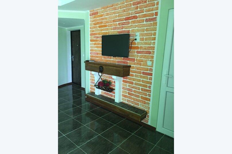 №9 Улучшенный  двухместный номер, Кипарисная улица, 10П, Черноморское - Фотография 1