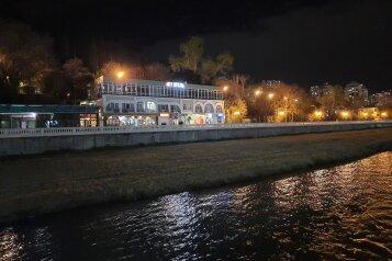 АРТапарт отель в Сочи, улица Чайковского, 34 на 8 номеров - Фотография 1