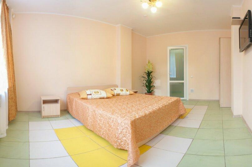 2-х комнатный, Комсомольская улица, 11, Алушта - Фотография 2