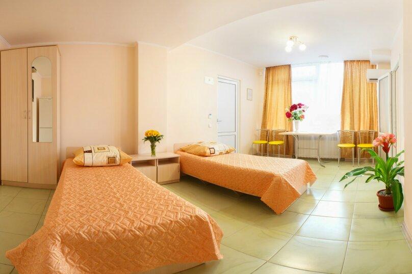 2-х комнатный, Комсомольская улица, 11, Алушта - Фотография 5