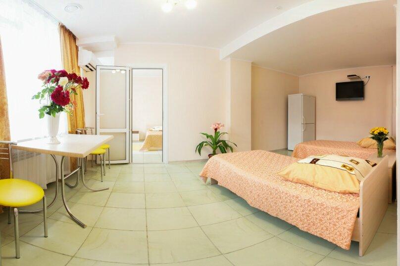 2-х комнатный, Комсомольская улица, 11, Алушта - Фотография 6