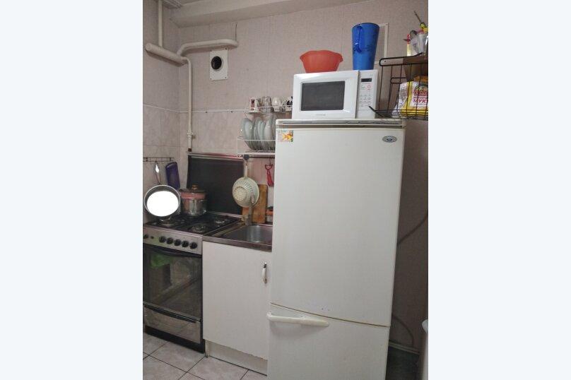 1-комн. квартира, 31 кв.м. на 5 человек, улица Червонного Казачества, 30, Санкт-Петербург - Фотография 11