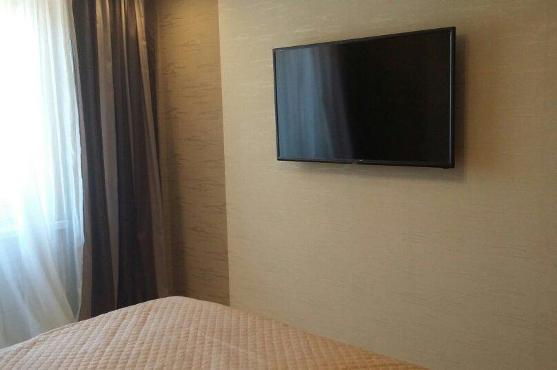 2-комн. квартира, 55 кв.м. на 5 человек, улица Чкалова, 57, Барнаул - Фотография 11