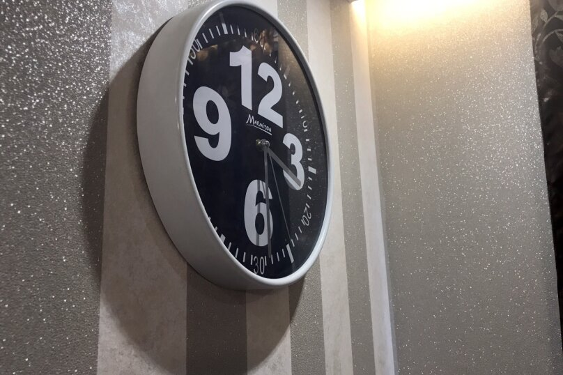 2-комн. квартира, 55 кв.м. на 5 человек, улица Чкалова, 57, Барнаул - Фотография 51