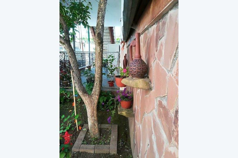 """Гостевой дом """"Руно"""", улица Султана Сосналиева, 3-й переулок на 21 комнату - Фотография 11"""